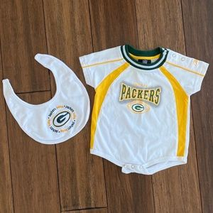 Other - Green Bay Packers Bodysuit and Bib size 3-6 month